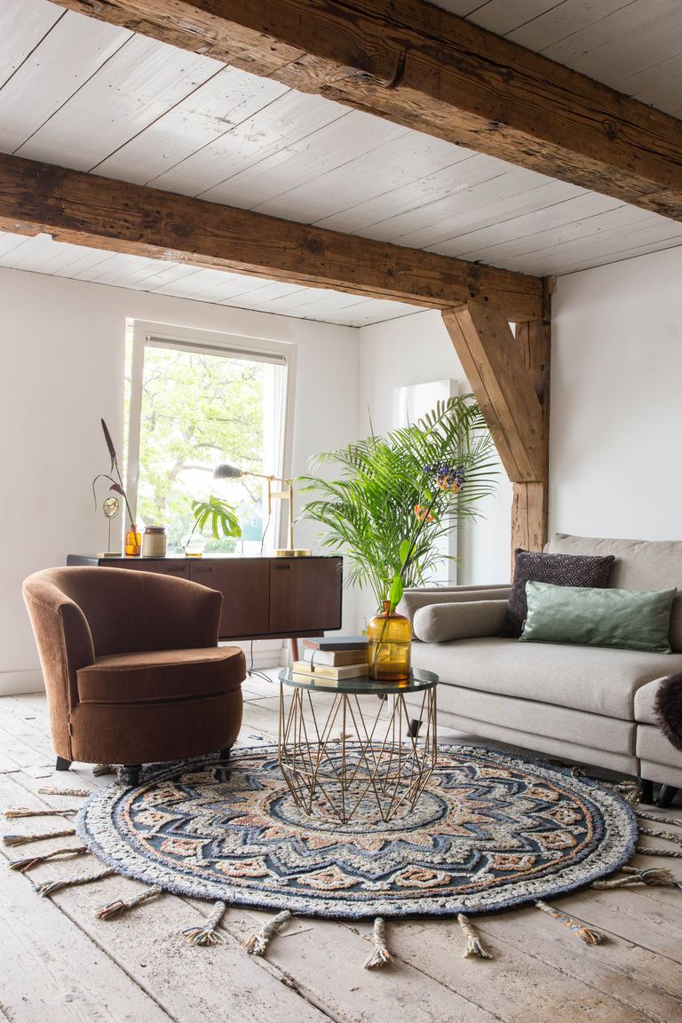 modern country cottage living room with cuckooland rug