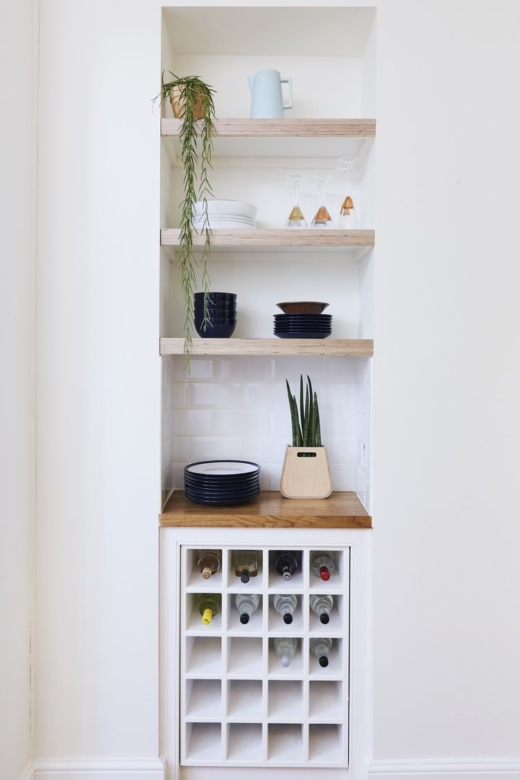 Fitted+plywood+shelves+from+Lozis+first+house+of+Lozi+project