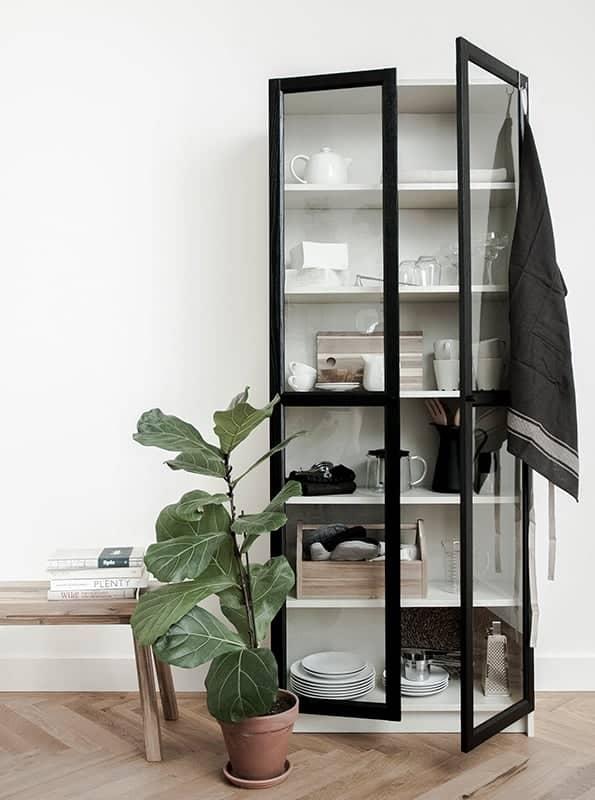Ikea-Billy-Bookcase-Glass-Doors-Hack