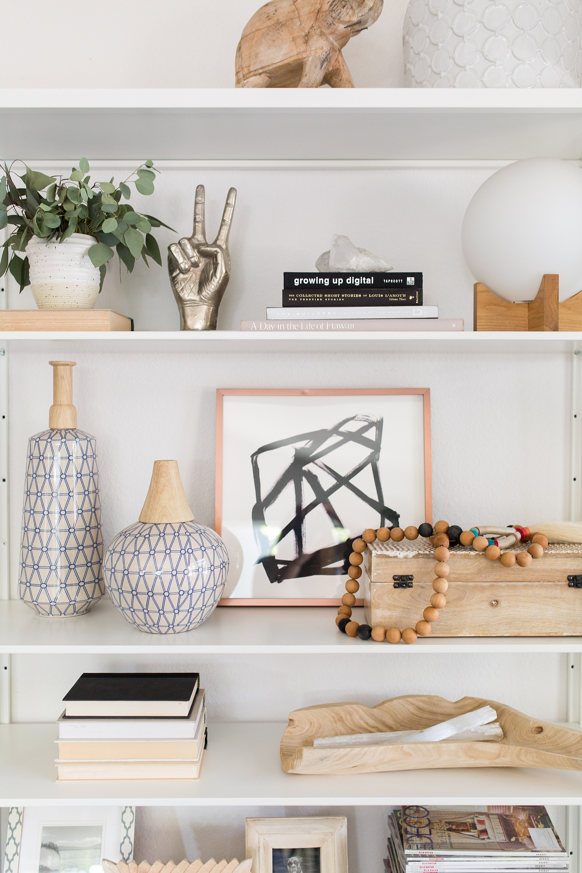design-shop-interiors-how-to-shelfie-2