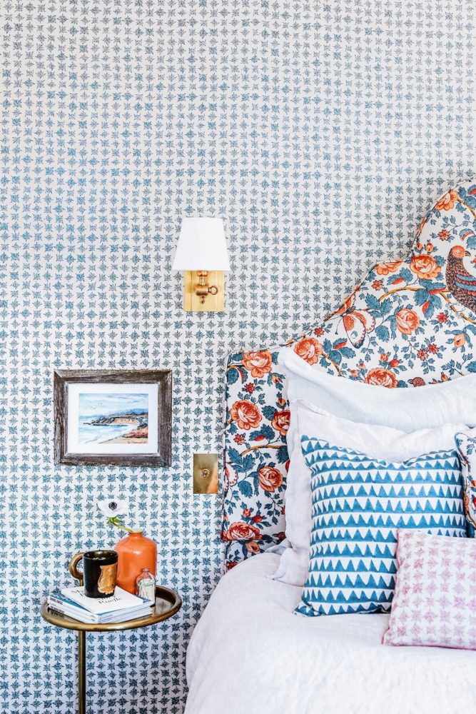 guest-bedroom-with-layered-pattern-in-blue-orange-and-pink-honestly-wtf-via-coco-kelley-2-1-667x1000