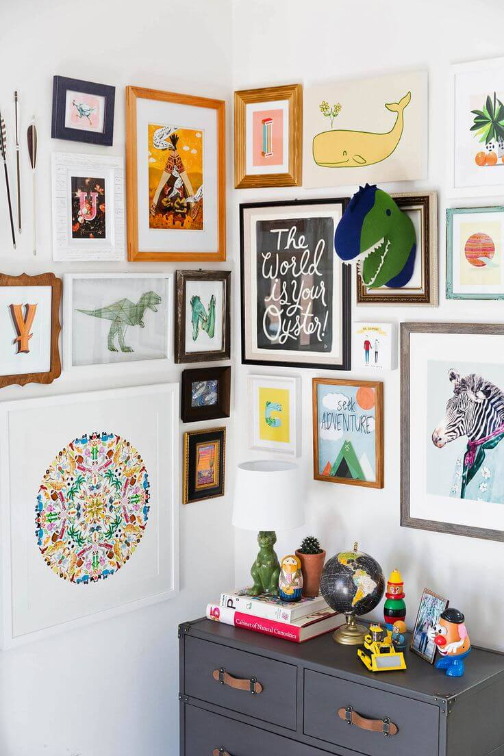 kids-gallery-wall