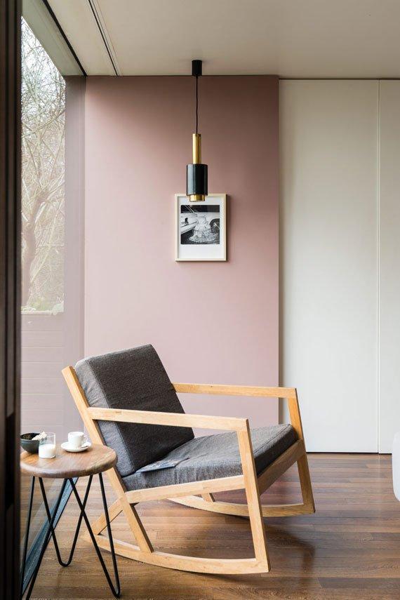 sulking-room-pink-1