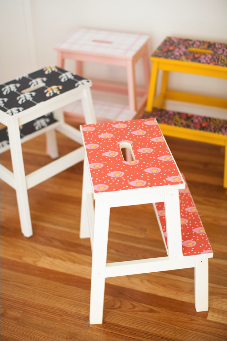 wallpaper-stools